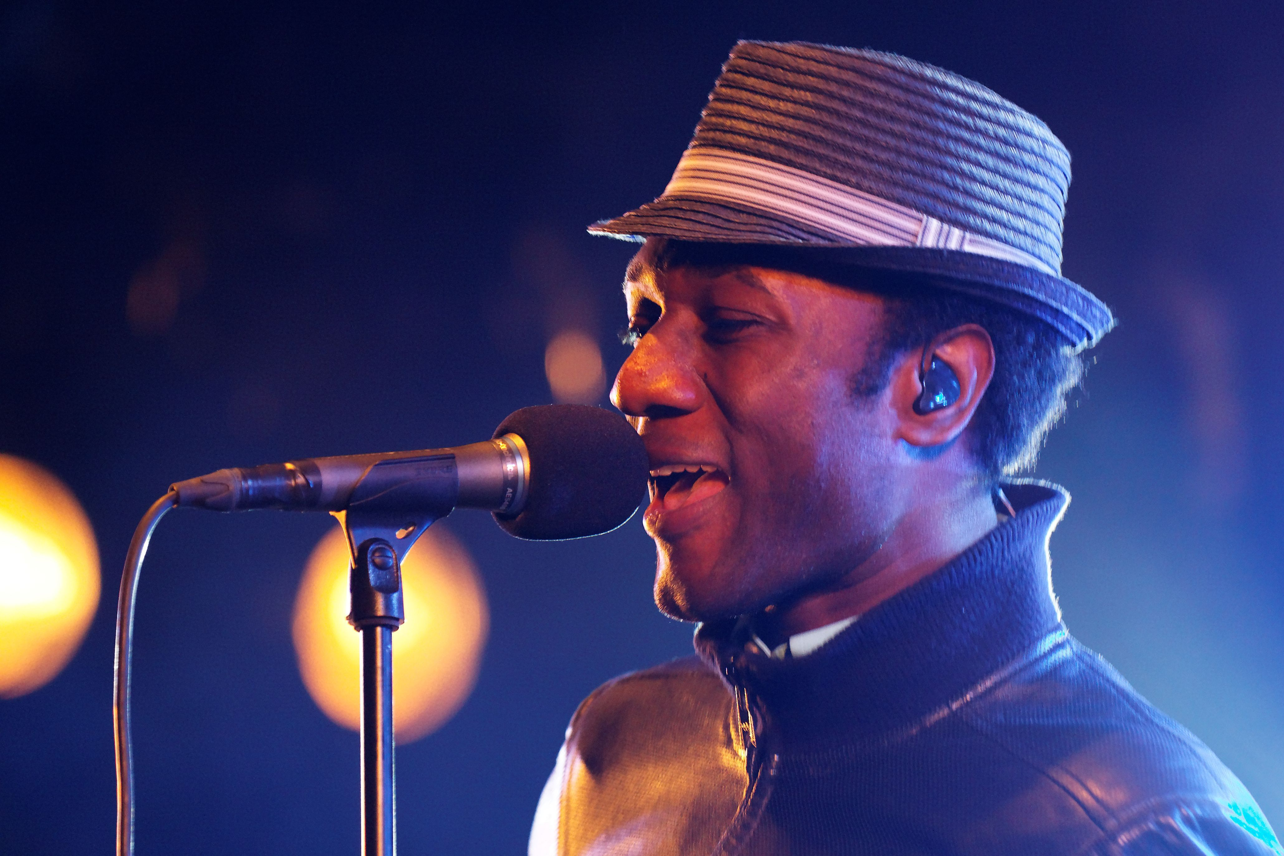 Aloe Blacc HD Wallpaper