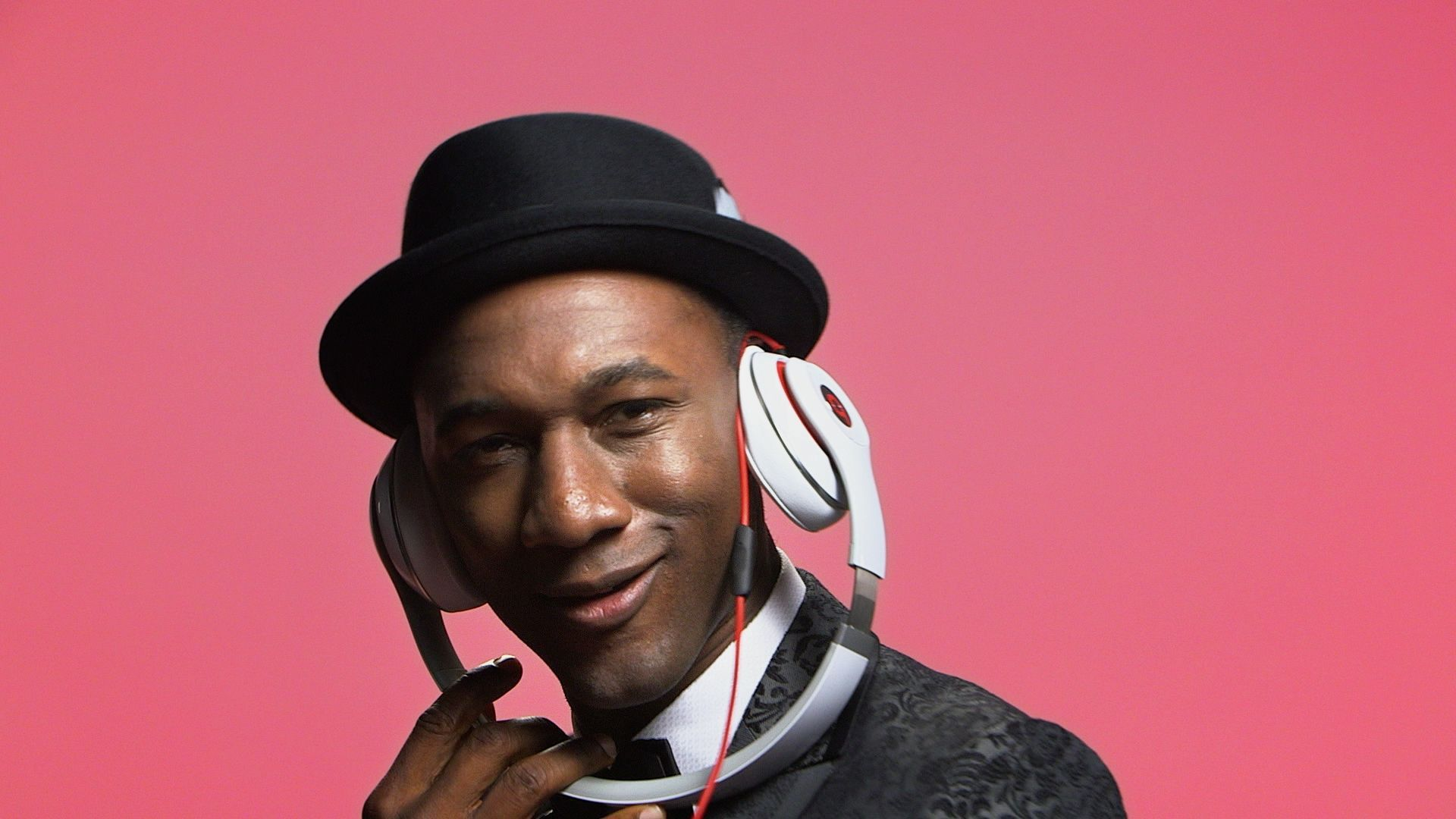 Aloe Blacc In High Resolution