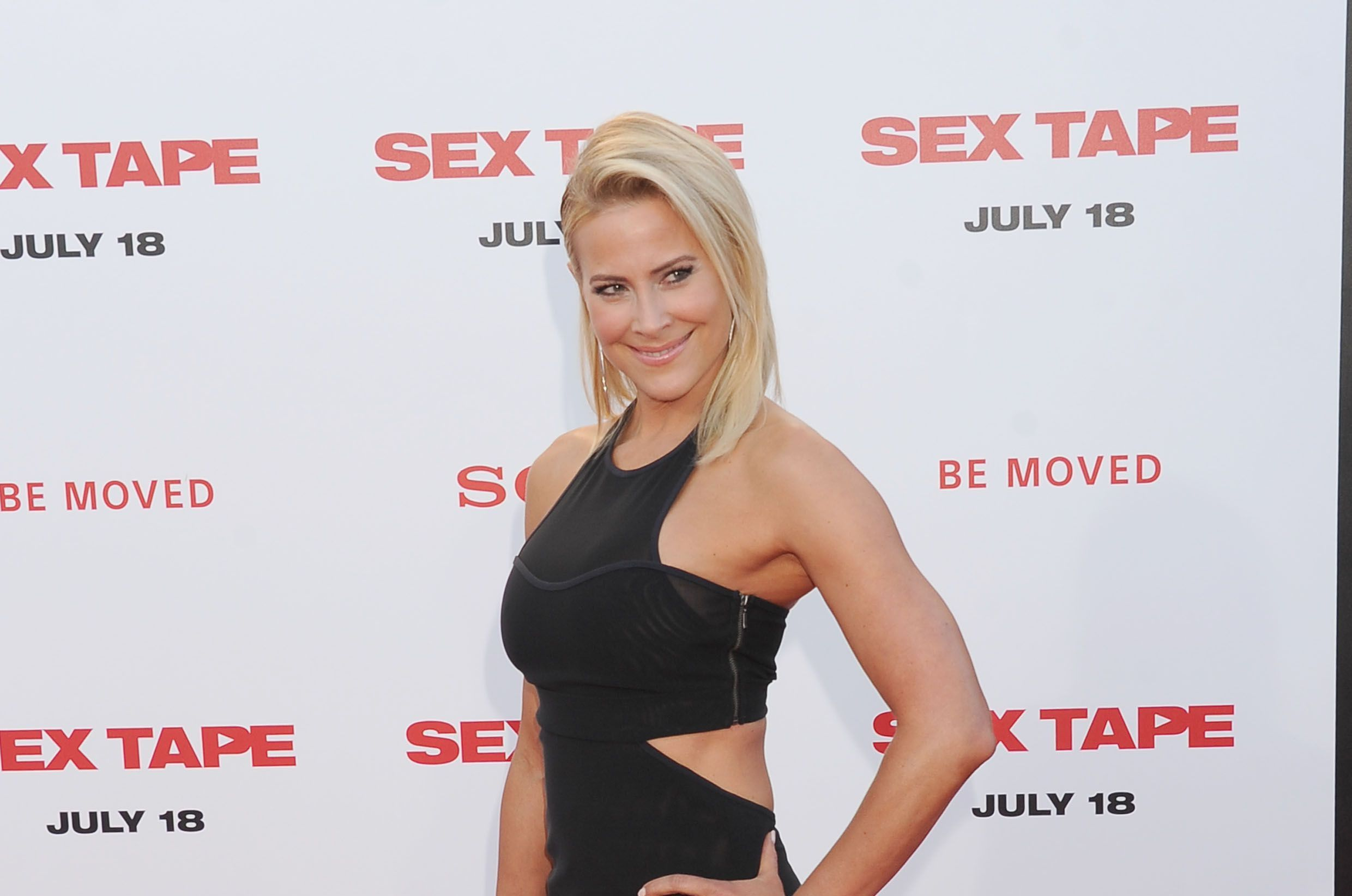 Brittany Daniel HD Wallpaper