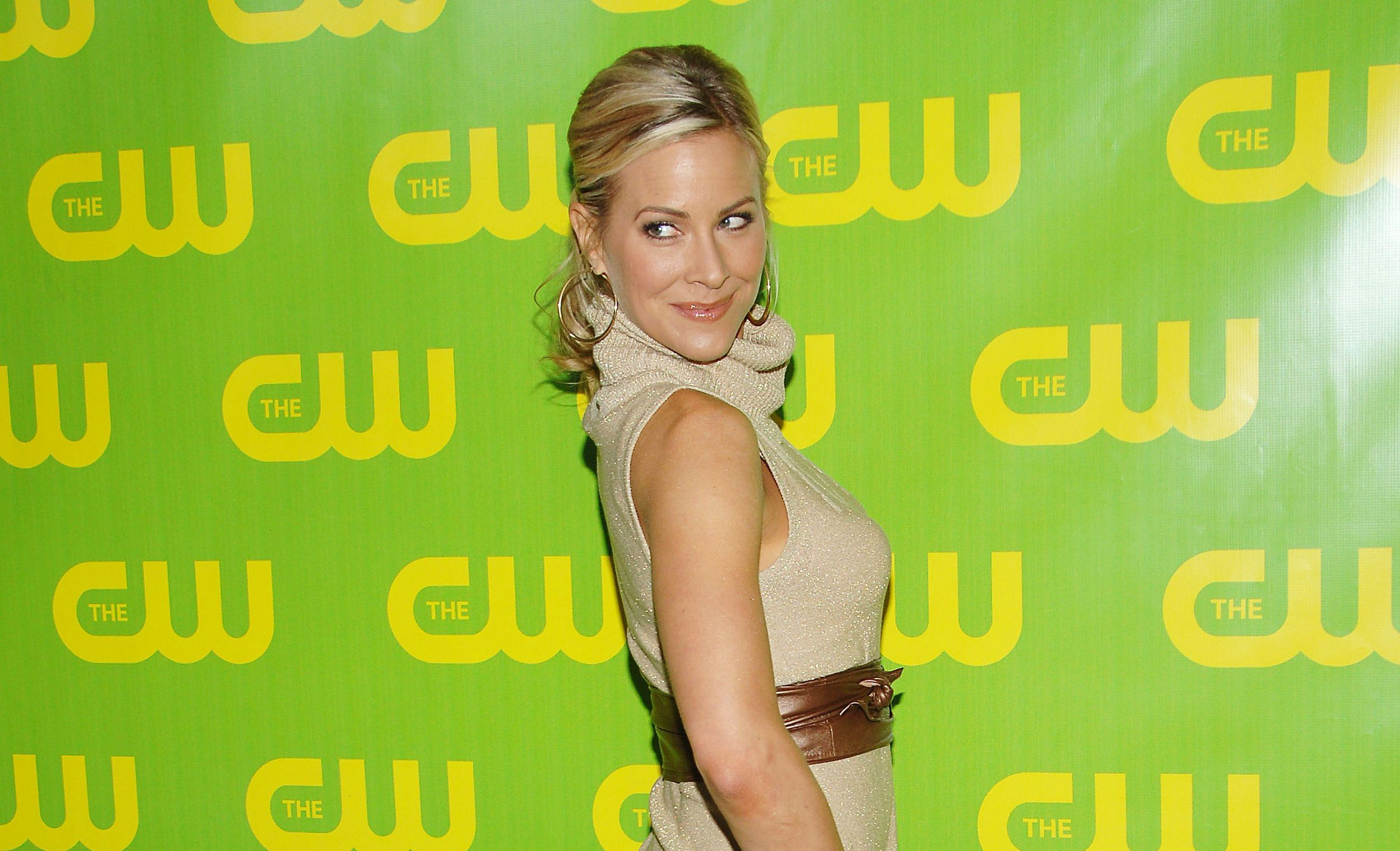 Brittany Daniel Wallpaper Pack