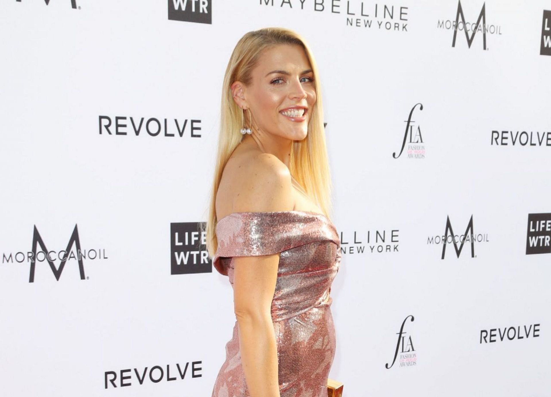 Busy Philipps Widescreen