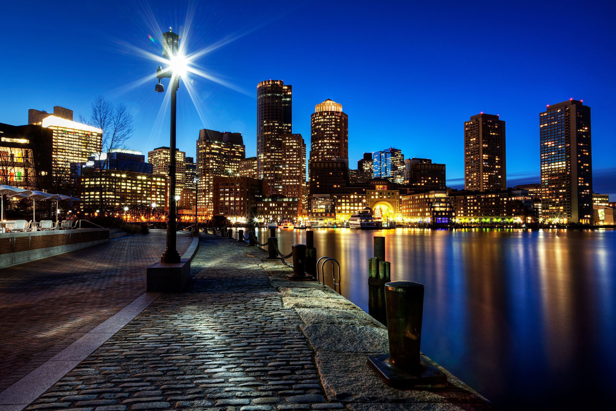 Picture Boston Massachusetts
