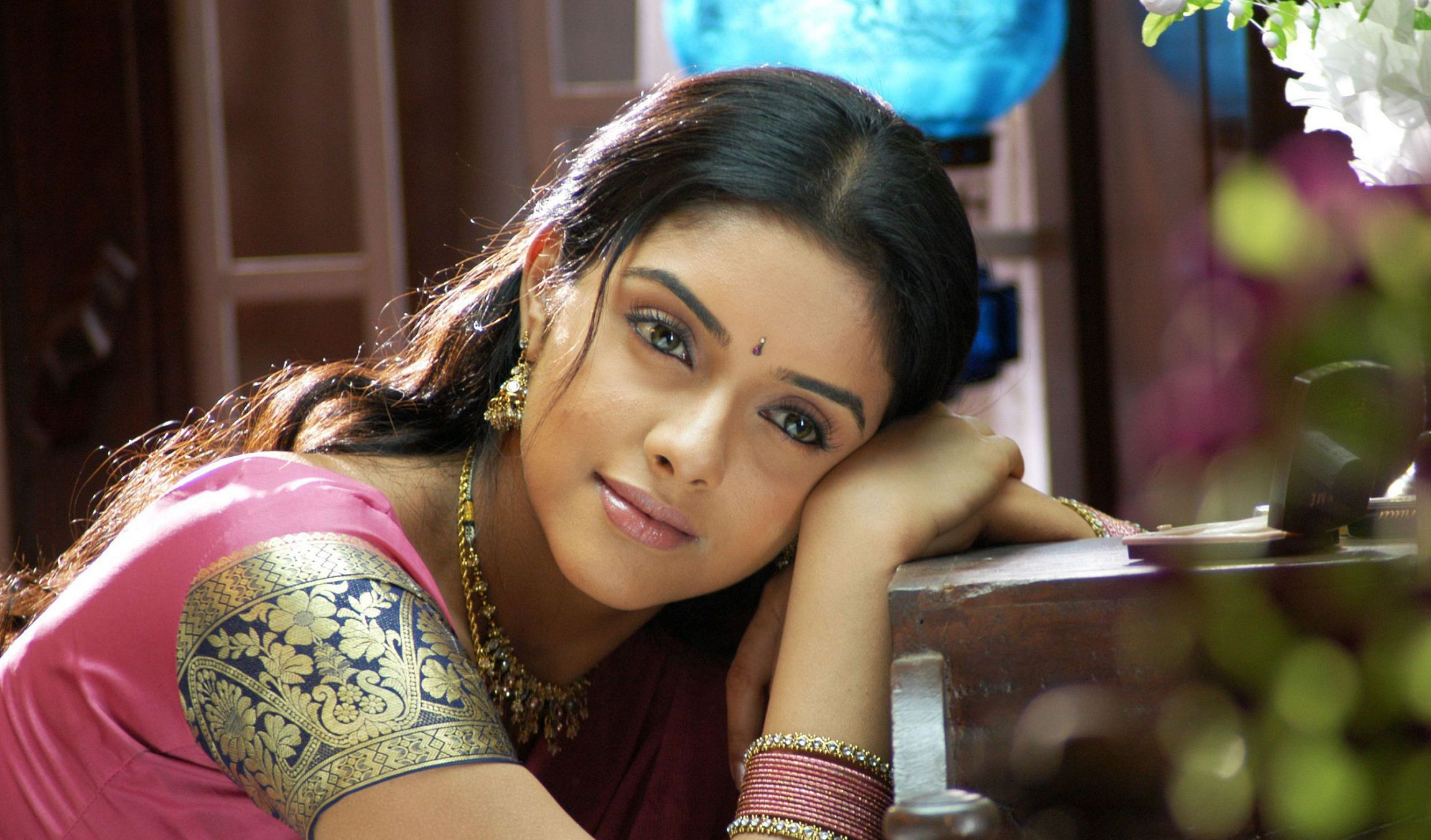 Asin Thottumkal Wallpapers HD
