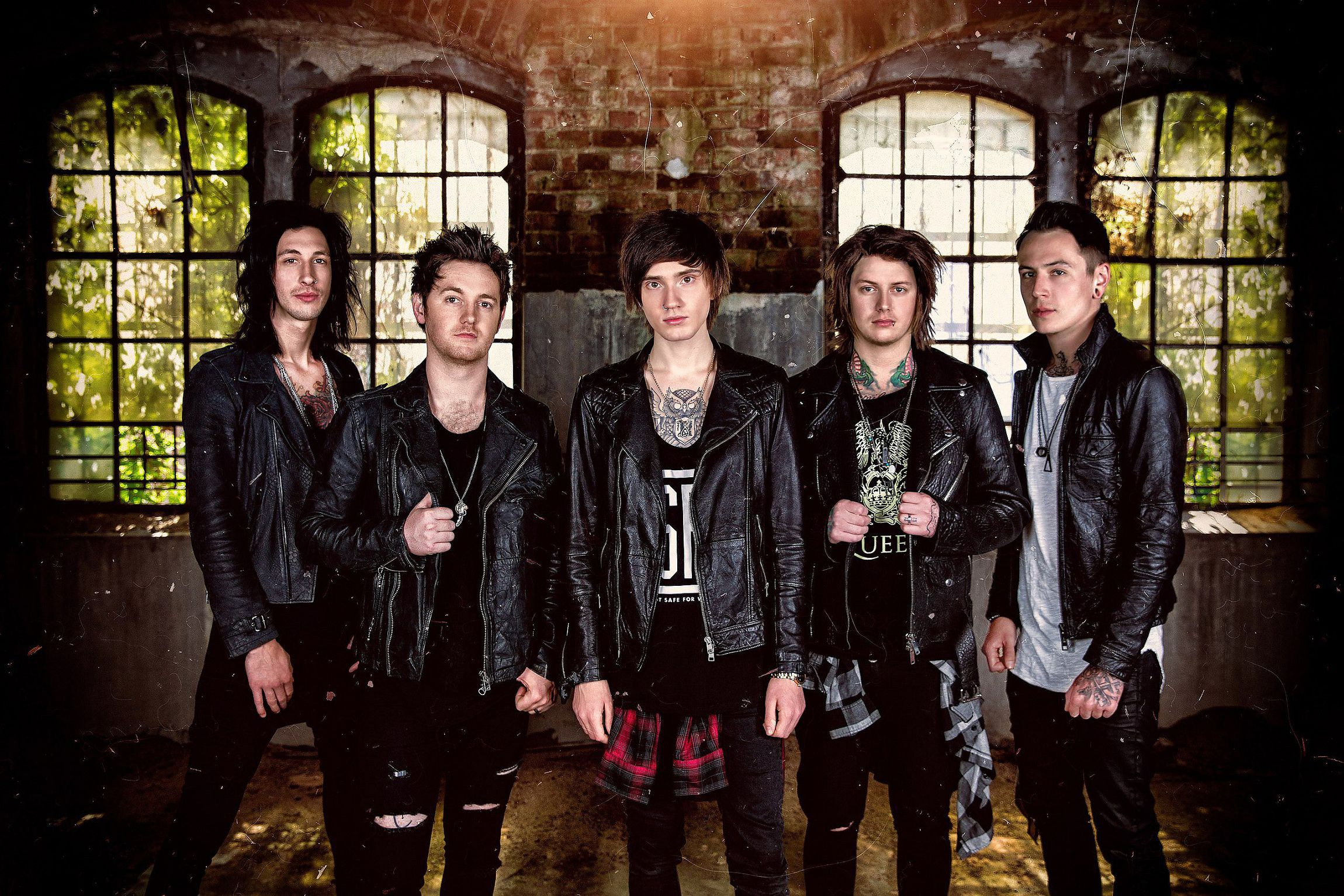 Asking Alexandria Background