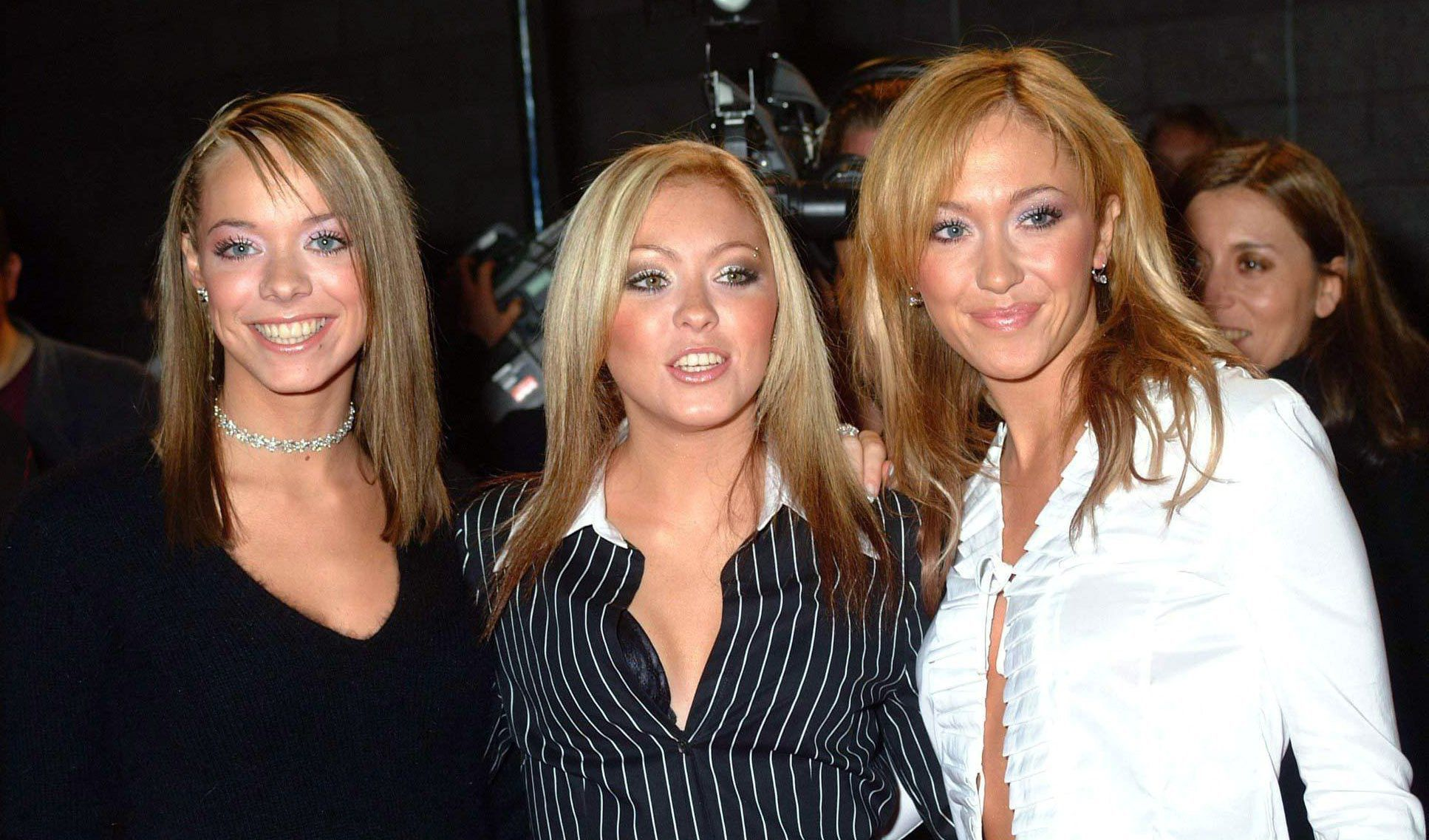 Atomic Kitten Background