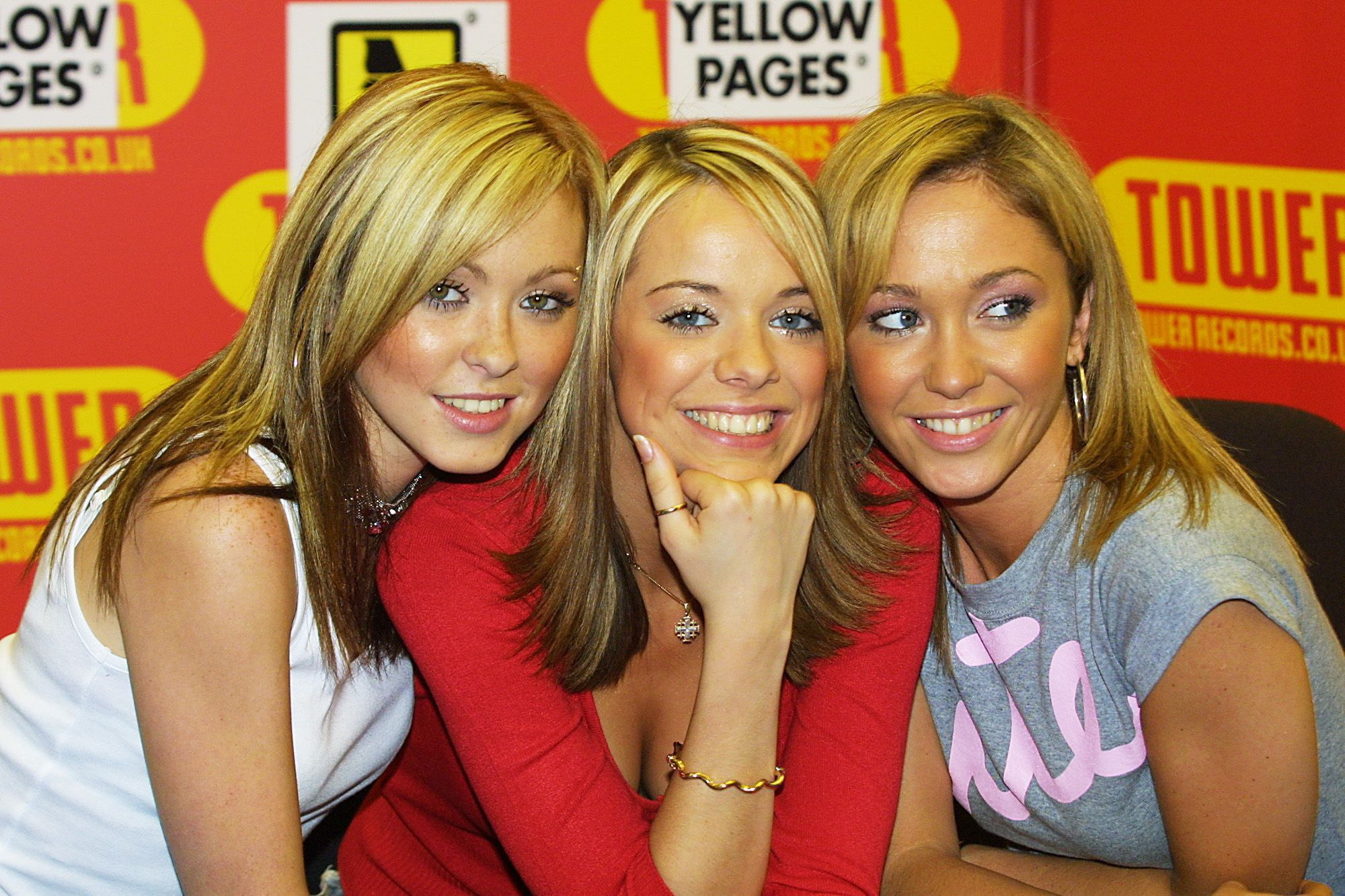 Atomic Kitten Widescreen