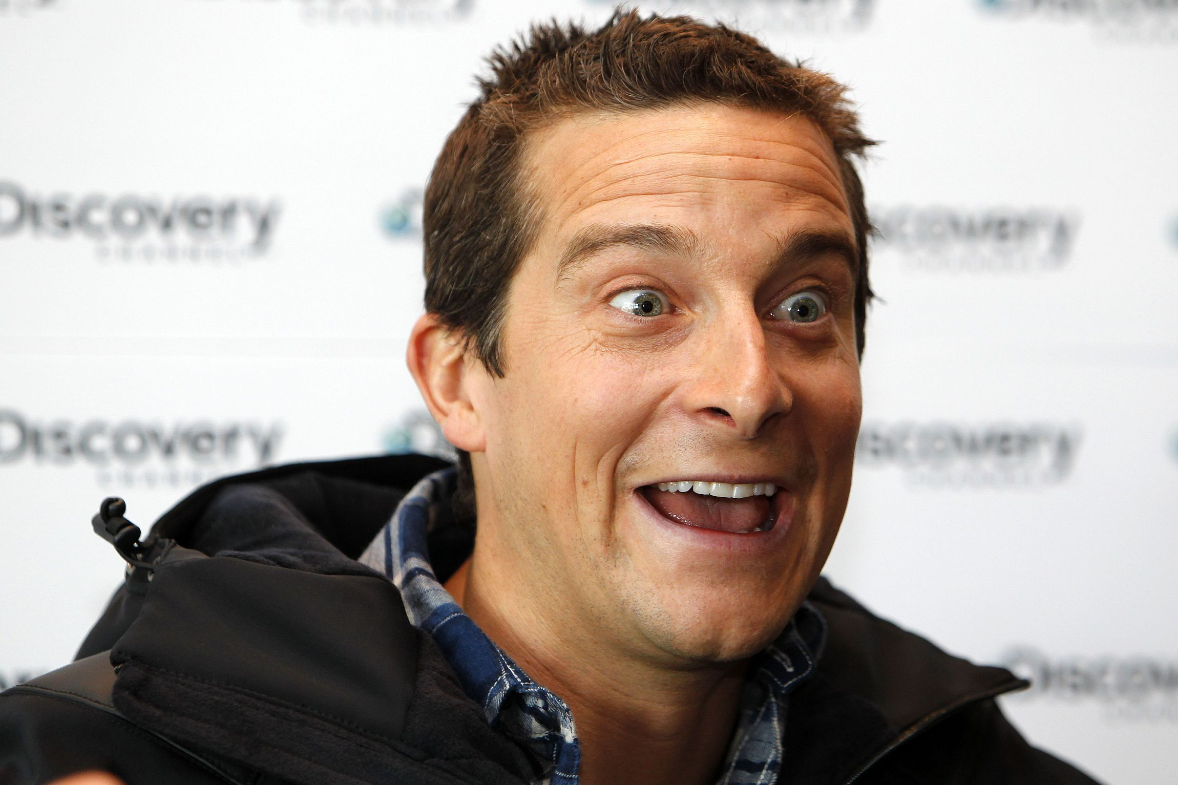 Bear Grylls Wallpapers Backgrounds