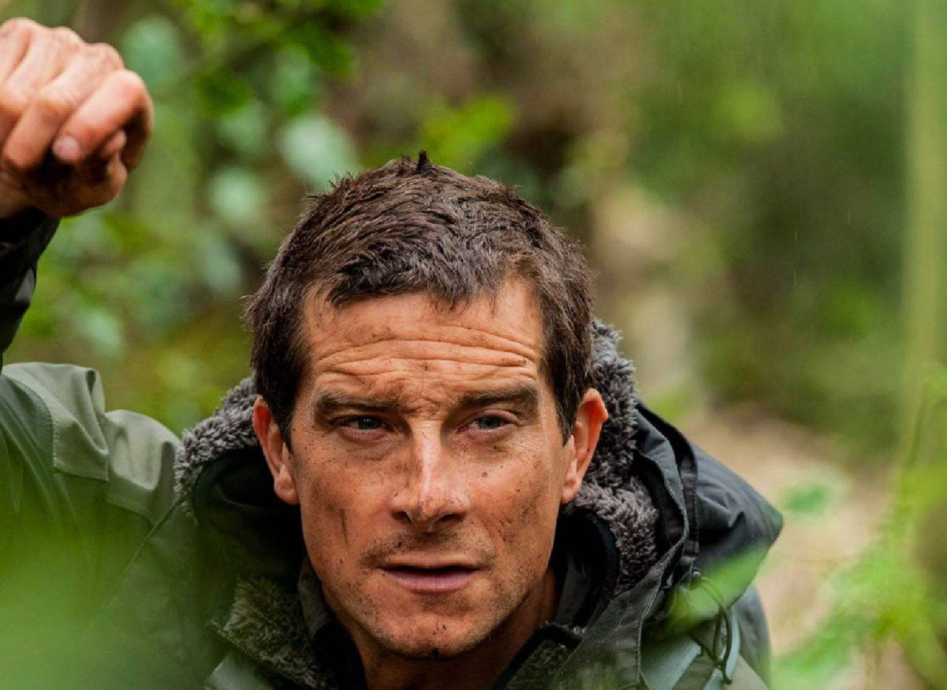 Bear Grylls Wallpaper Pack
