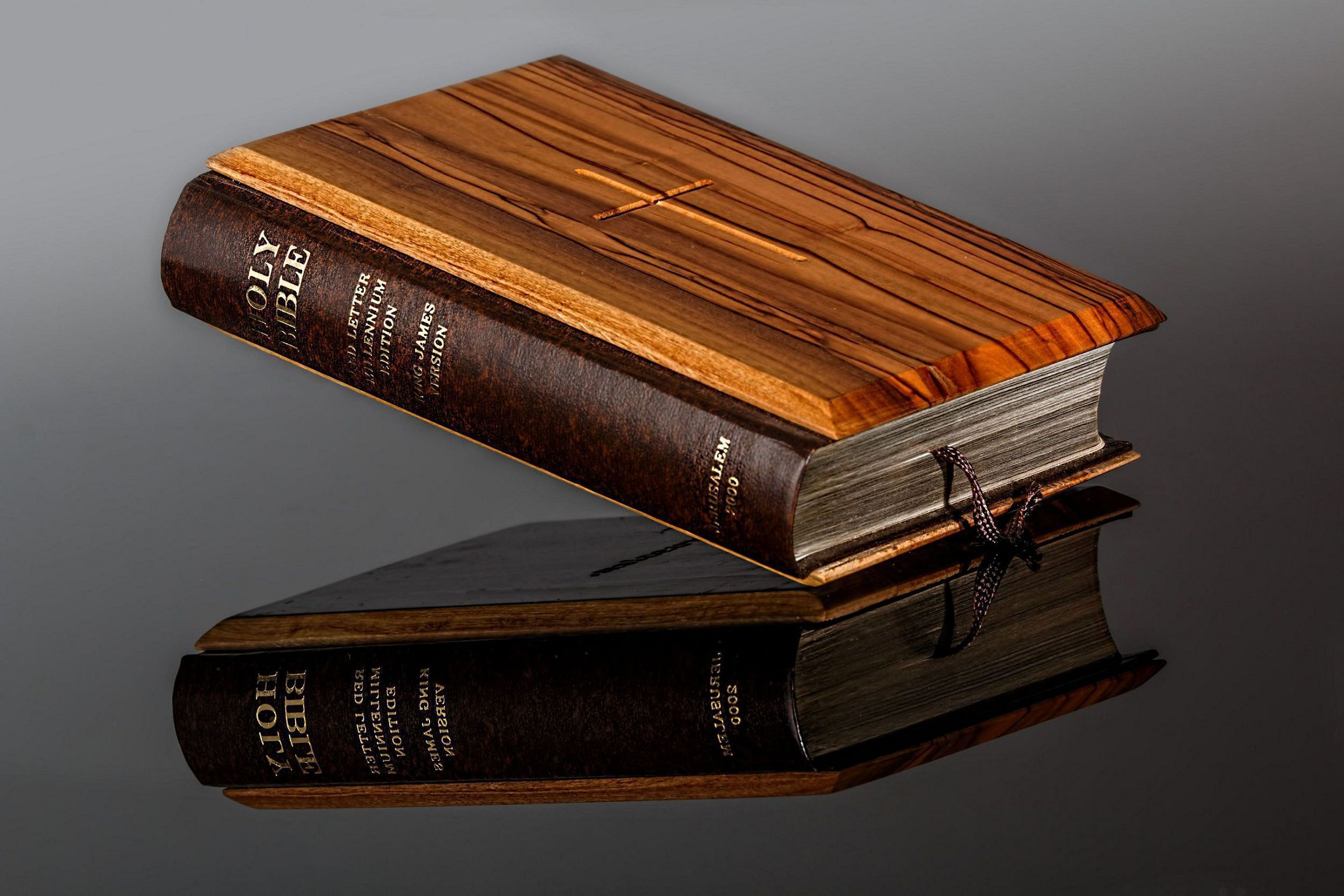 Bible Widescreen