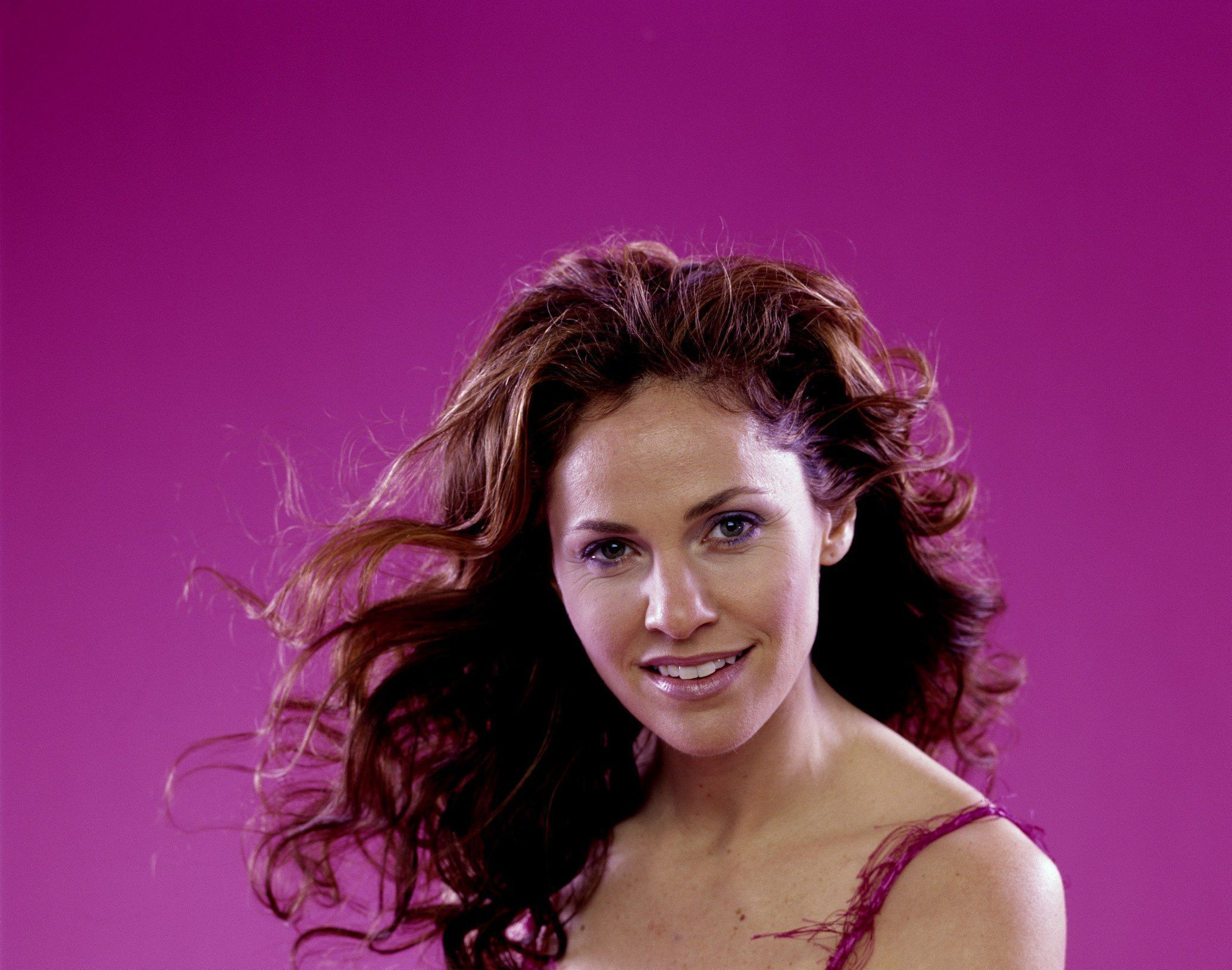 Amy Brenneman Wallpaper Pack