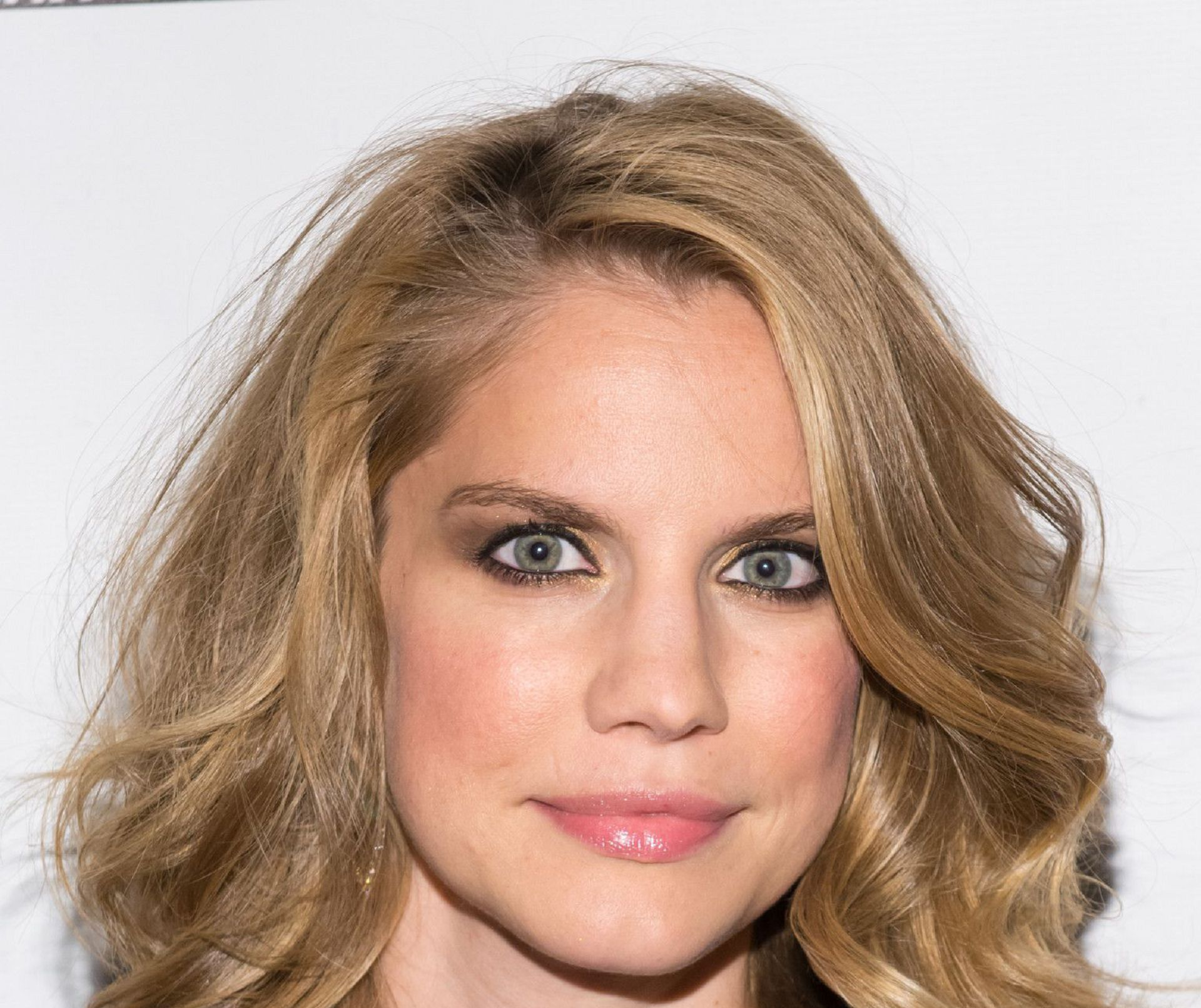 Anna Chlumsky High Definition Wallpapers