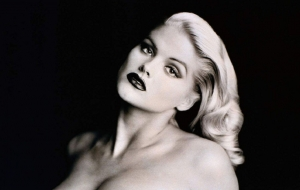Anna Nicole Smith Widescreen