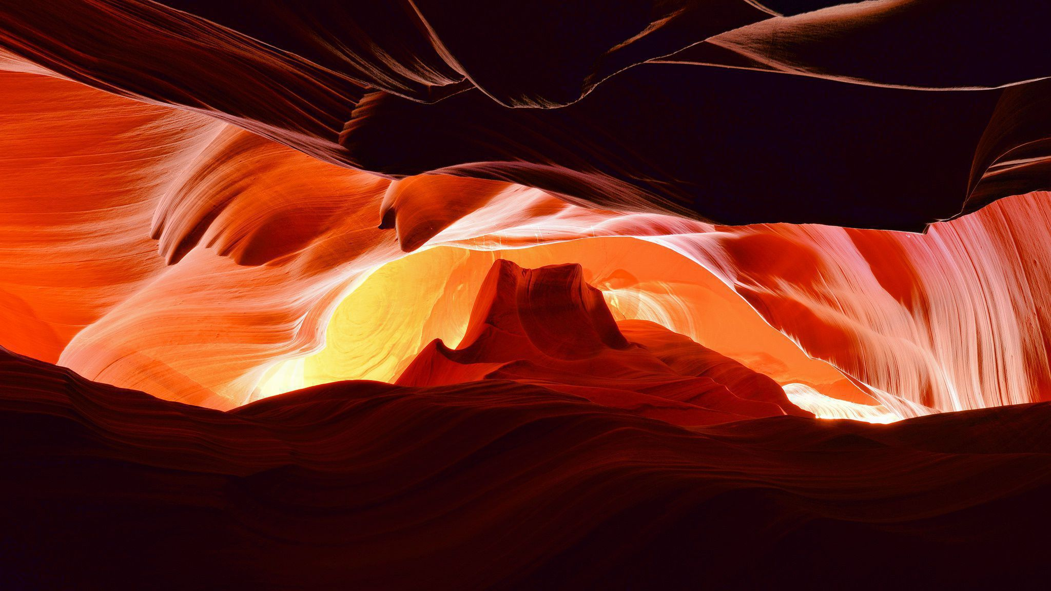 Antelope Canyon HD Background